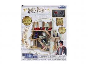 Harry Potter Gryffindor Tower with characters Jada Toys