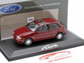 Ford Fiesta anno 1996 porpora 1:43 Minichamps