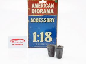 Set met 2 Vuilnisbakken grijs 1:18 American Diorama