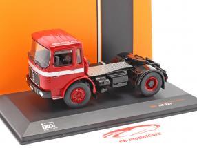 MAN 16.320 Camión rojo 1:43 Ixo