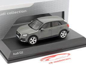 Audi Q2 cinza quantum 1:43 iScale