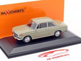 BMW 1600 Año de construcción 1968 Nevada beige 1:43 Minichamps