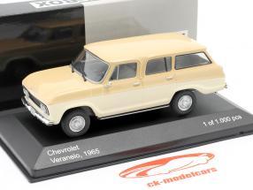 Chevrolet Veraneio Bouwjaar 1965 crème / beige 1:43 WhiteBox