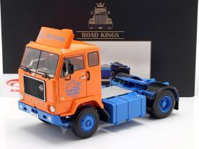 Volvo F88 Deutrans Sattelzugmaschine Baujahr 1965 orange / blau 1:18 Road Kings