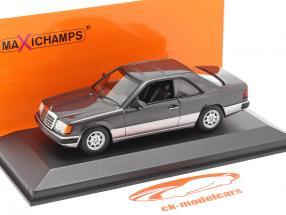 Mercedes-Benz 300 CE (C124) Baujahr 1991 dunkelviolett metallic 1:43 Minichamps