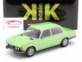BMW 3.0 S E3 2 Series Byggeår 1971 lysegrøn metallisk 1:18 KK-Scale
