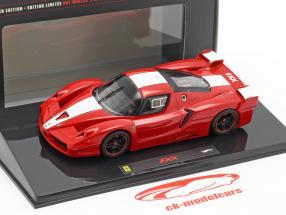 Ferrari FXX del año 2006 color rojo con rayas blancas Hotwheels Elite 1:43