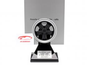 Porsche 911 (930) Turbo Wheel Rim Byggeår 1989 sort / sølv 1:5 Minichamps