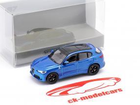 Alfa Romeo Stelvio Quadrifoglio Baujahr 2018 blau metallic 1:87 Minichamps