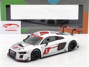 Audi R8 LMS #1 Presentation Car 2016 warpaint 1:18 Paragon Models