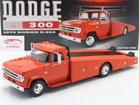 Dodge D-300 Ramp Truck Byggeår 1970 Orange rød 1:18 GMP