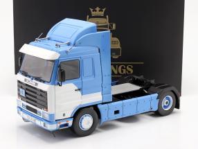 Scania 143 Streamline Lastbil Byggeår 1995 blå / hvid 1:18 Road Kings