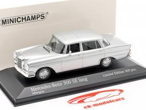 Mercedes-Benz 300 SE largo (W112) Heckflosse Año de construcción 1963 plata 1:43 Minichamps