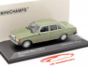 Mercedes-Benz 230E (W123) year 1982 green 1:43 Minichamps