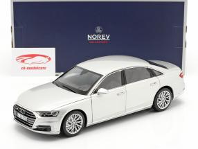 Audi A8 L Bouwjaar 2018 zilver metalen 1:18 Norev