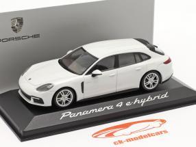 Porsche Panamera 4 E-Hybrid bianco 1:43 Minichamps