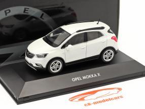 Opel Mokka X white 1:43 iScale