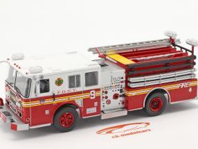Seagrave Fire Truck vigili del fuoco New York rosso / bianca 1:43 Altaya