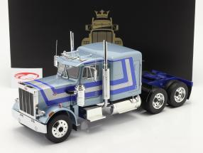 Peterbilt 359 Bull Nose Sattelzugmaschine 1967 hellblau metallic 1:18 Road Kings