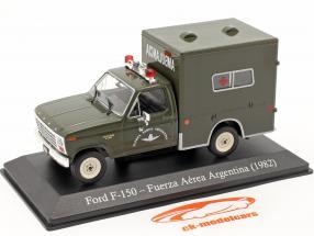 Ford F-150 Militær ambulance Argentina Byggeår 1982 mørk oliven 1:43 Altaya
