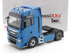 MAN TGX XXL Sattelzugmaschine Baujahr 2018 blau metallic 1:18 Premium ClassiXXs