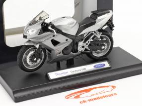 Triumph Daytona 600 argento 1:18 Welly