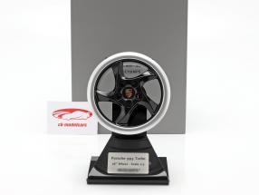 Porsche 911 (993) Turbo 1995 wheel rim 18 inch black / silver 1:5 Minichamps
