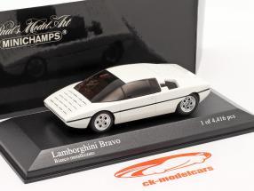 Lamborghini Bravo Année de construction 1974 repeint 2005 blanc métallique 1:43 Minichamps