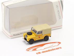 Land Rover 88 PTT amarelo 1:87 Schuco