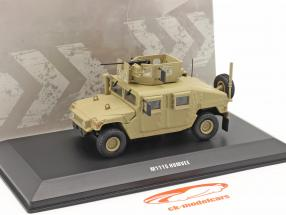 M1115 Humvee Militær køretøj Med pistol sandfarvet 1:48 Solido