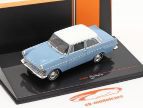 Opel Rekord P2 Bouwjaar 1961 Lichtblauw / Wit 1:43 Ixo