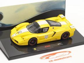 Ferrari FXX #22 gul 1:43 HotWheels Elite