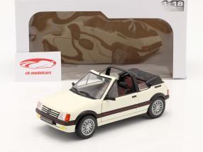 Peugeot 205 CTI MK1 Cabriolet Byggeår 1989 hvid 1:18 Solido