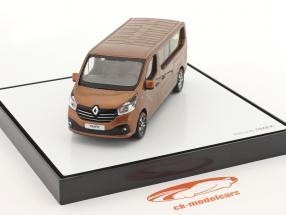 Renault Trafic III Combi Ano de construção 2018 cobre metálico 1:43 Norev