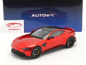 Aston Martin Vantage Byggeår 2019 hyper rød 1:18 AUTOart