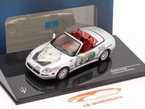 Maserati Spyder Cambiocorsa gebouwd 2002 zilver Albert Einstein 1:43 Ixo