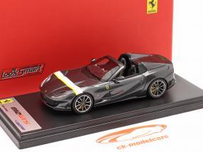 Ferrari 812 GTS Spider bouwjaar 2019 Silverstone Grijs 1:43 LookSmart