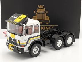 M.A.N. F8 22.361 Trækker Byggeår 1978 hvid / sort 1:18 Road Kings