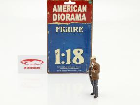 Race Day Series 2  figure #3  1:18 American Diorama