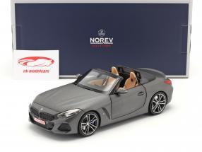 BMW Z4 (G29) Coche de turismo Año de construcción 2019 estera gris metálico 1:18 Norev