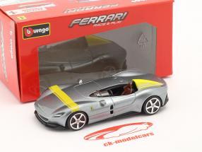Ferrari Monza SP1 Baujahr 2019 silbergrau metallic / gelb 1:43 Bburago