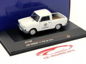 Trabant 1.1 Plukke op år 1990 lys grå 1:43 IST-Models