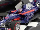 Pierre Gasly Toro Rosso STR12 #10 F1 estréia japonês GP 2017 1:43 Minichamps