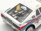 Lancia 037 Rally #7 2e Rallye acropolis 1983 Alen, Kivimäki 1:18 Ixo