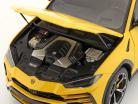Lamborghini Urus Año de construcción 2018 amarillo 1:18 AUTOart