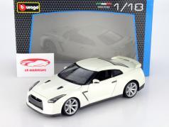 Nissan GT-R Anno 2009 bianco 1:18 Bburago