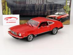 Ford Mustang II Mach 1 année 1976 rouge / noir 1:18 Greenlight
