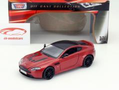 Aston Martin V12 Vantage S rojo 1:24 MotorMax