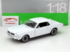 Ford Mustang 1/2 Ano 1964 branco 1:18 Welly
