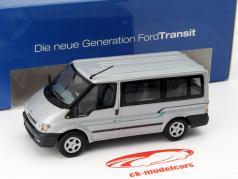 Ford Transit Ônibus talheres 1:43 Minichamps
